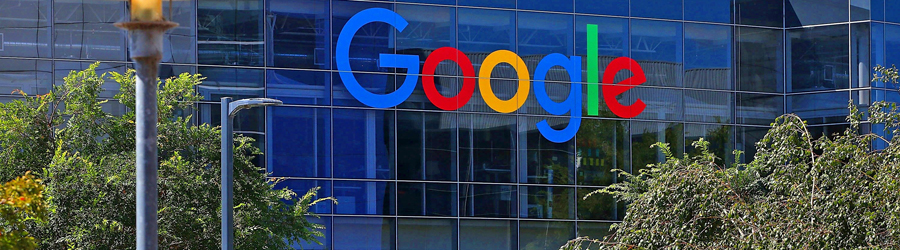 Empleado-de-Google-vive-en-un-camión-dentro-del-estacionamiento